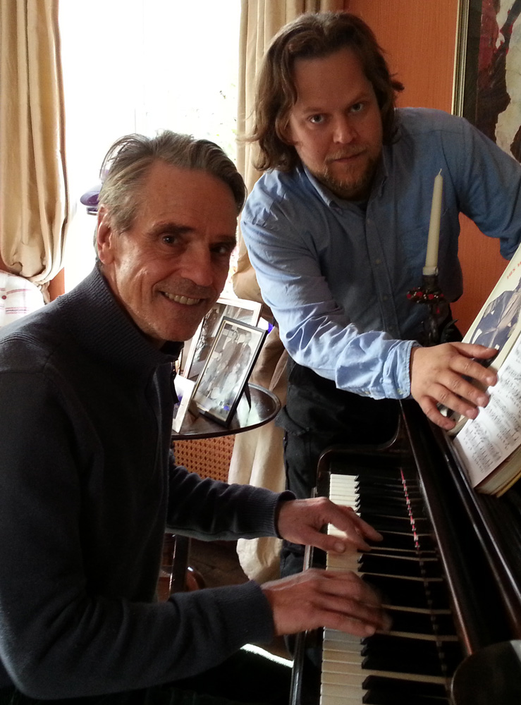 Actor Jeremy Irons enjoys learning experience with Matej